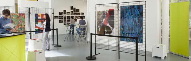 Panneaux et grilles d'exposition