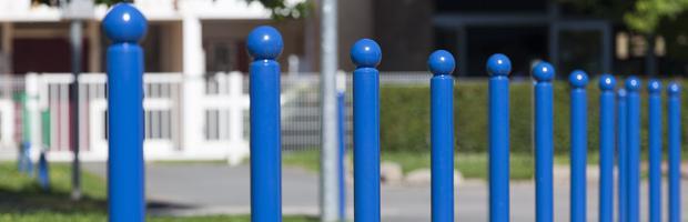 Potelets de rue bleus