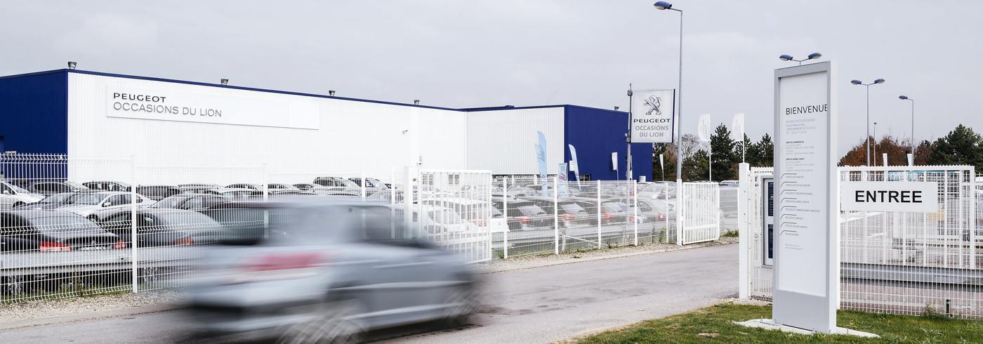 totems de bienvenue Peugeot