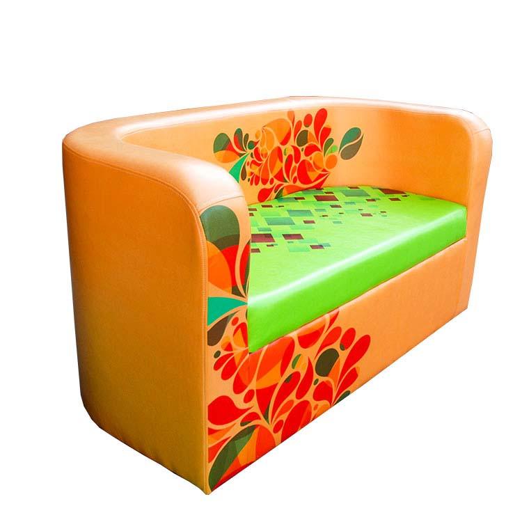 Bedrucktes Sofa