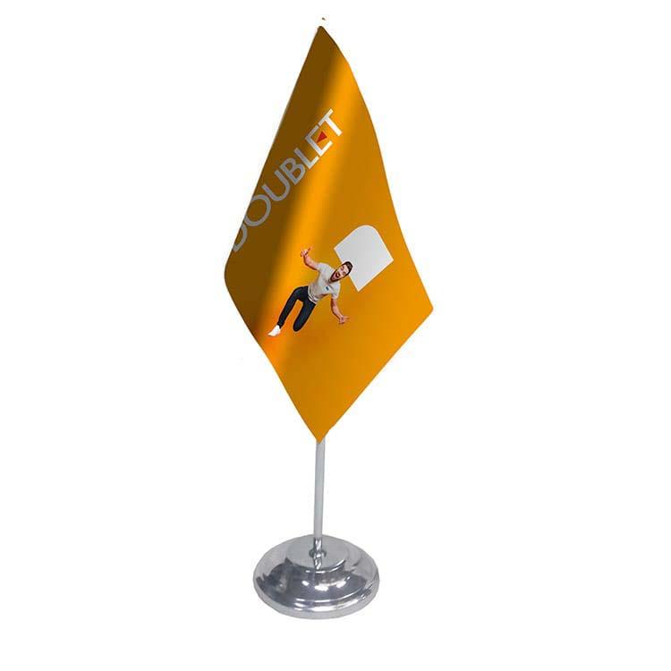 Drapeau de table publicitaire satin / métal
