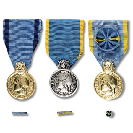 Médailles de la Jeunesse et des Sports