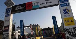 Courses cyclistes : le point sur les nouvelles réglementations des arches traversantes