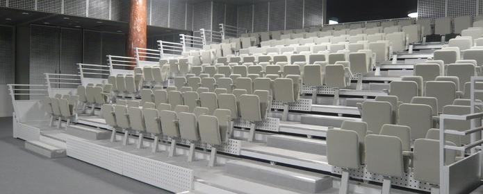 4 tribunes télescopiques au nouveau siège de la CCI Grand Lille