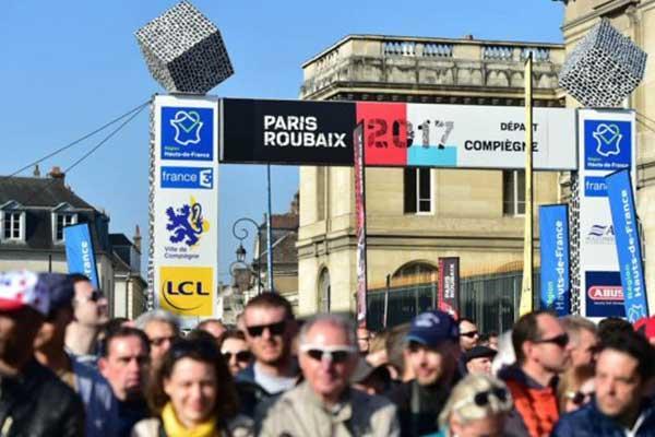 L'arche rigide Modulo installée sur le Paris-Roubaix par la société DOUBLET