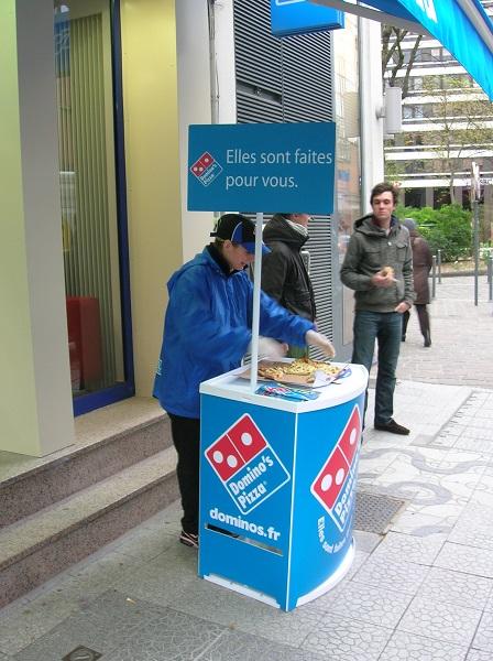 Doublet booste la visibilité des 380 enseignes Domino's Pizza de France