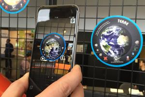 Une exposition sur les planètes en réalité augmentée