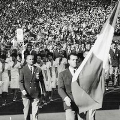 Michel Maquet - porte drapeau JO Tokyo 1964