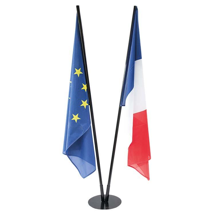Socle acier pour drapeaux