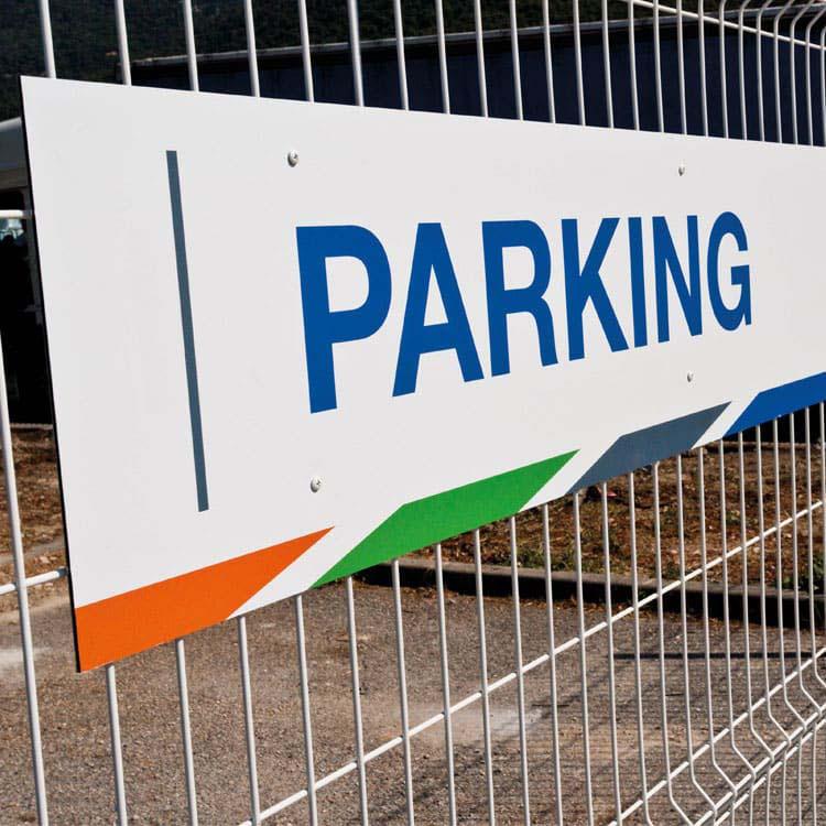 Panneautique rigide de parking