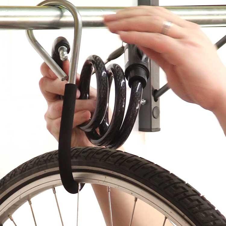 Rack à vélo mural coulissant cadenas