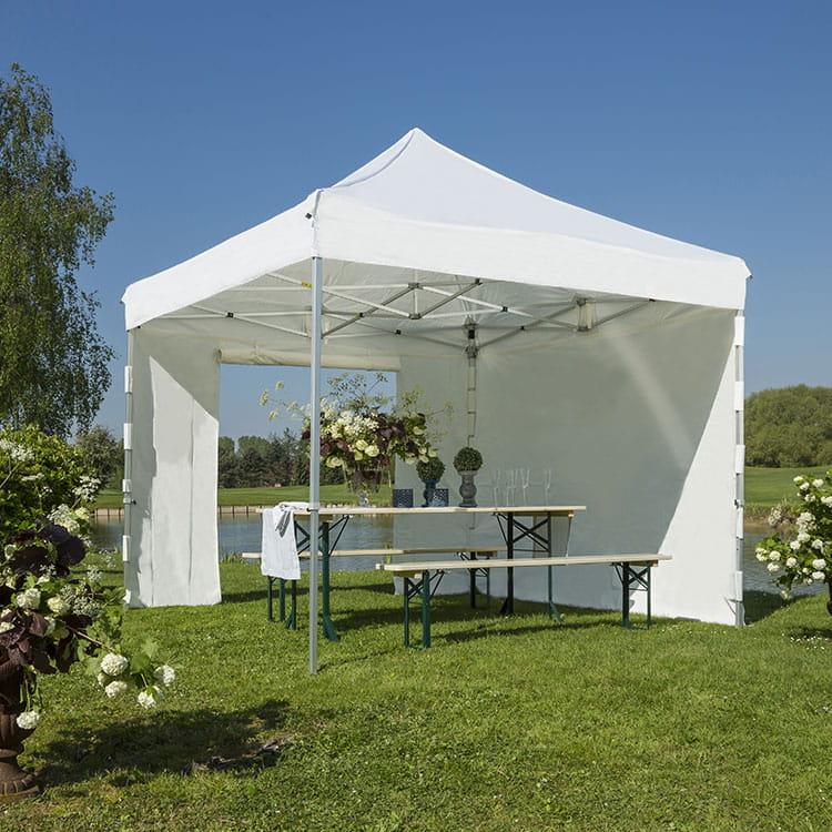 Tente pliante Pop Fermée pour réception extérieure