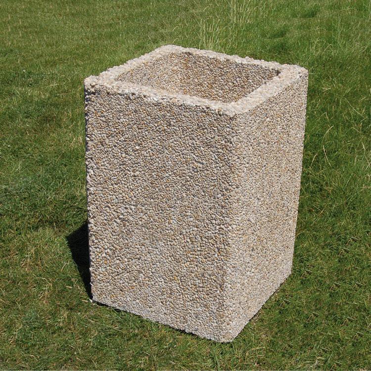 Cendrier cubique en gravillons polis pour l'extérieur