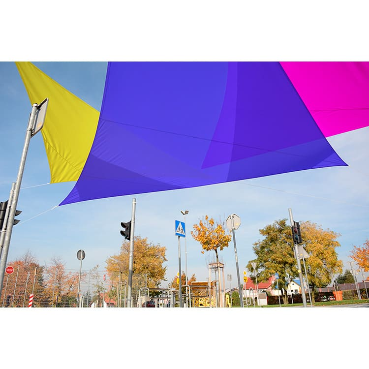 Triptyque voile d'ombrage triangulaire