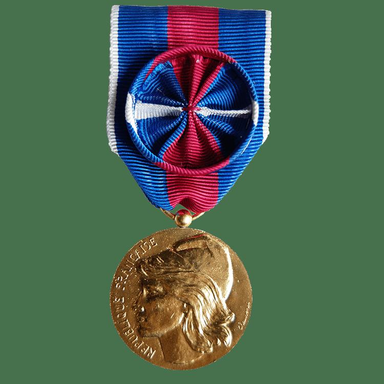 Médaille des services militaires volontaire or