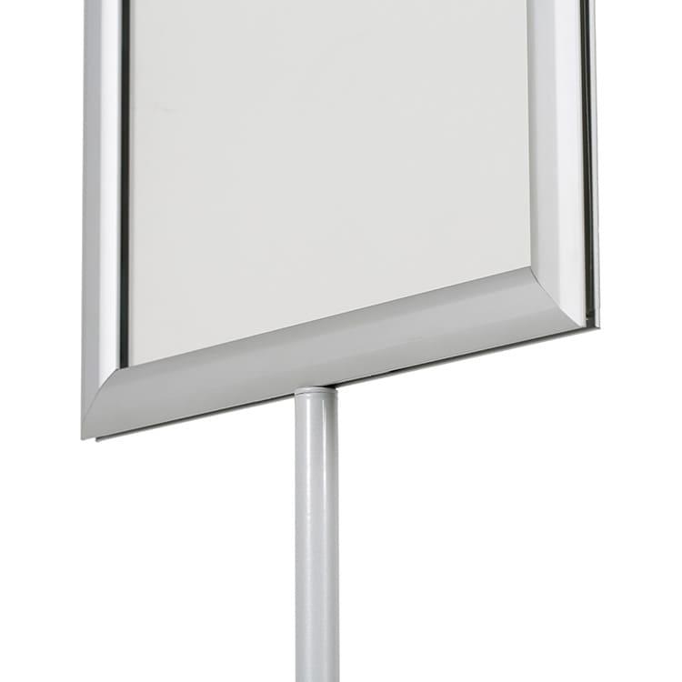 Porte affiche sur pied télescopique double faces