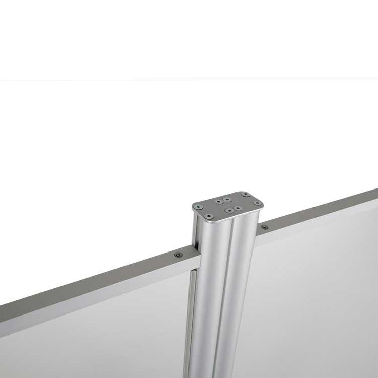 Zoom connecteur plat pour paroi vitrée