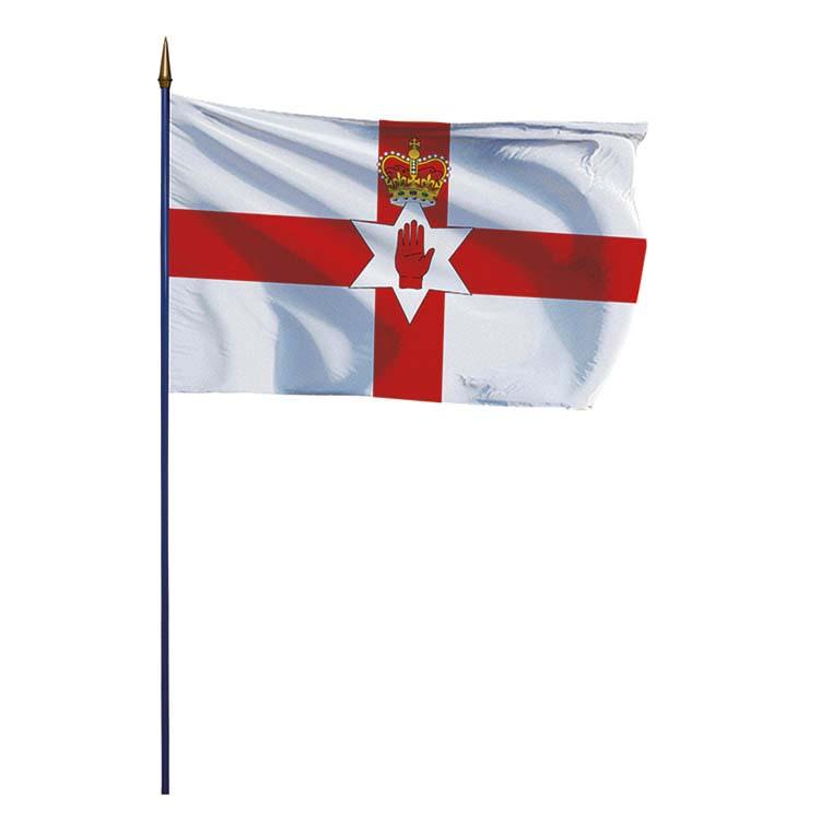 Drapeau de l'Irlande du Nord (UK) sur hampe