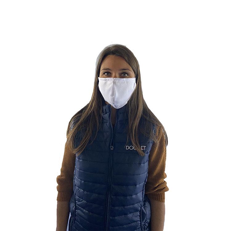 Masque de protection en tissu réutilisable porté