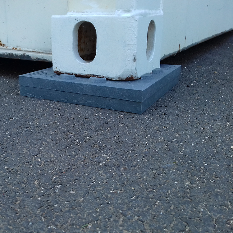 Cale de répartition de charge sol dur pour container