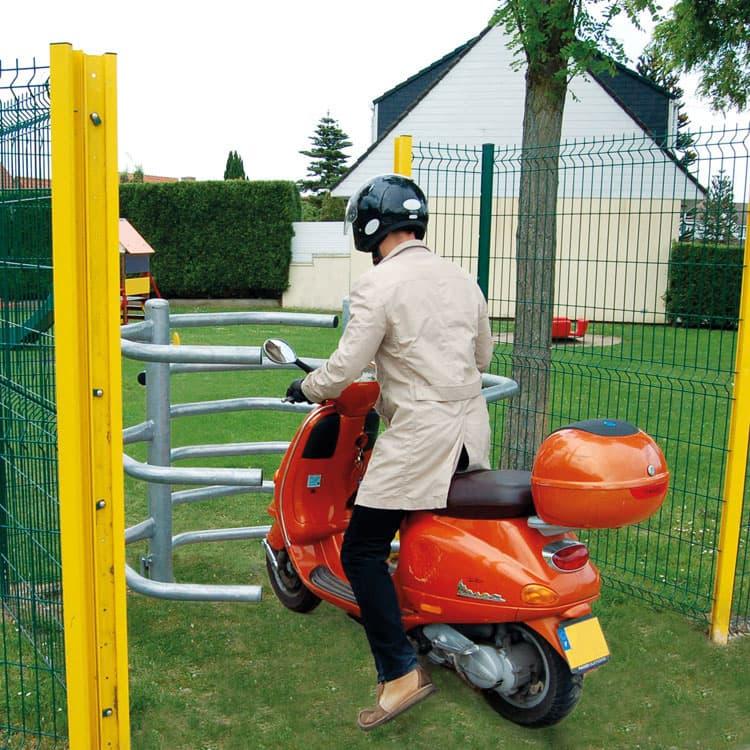 Barrière d'accès sélectif Orsay poucette