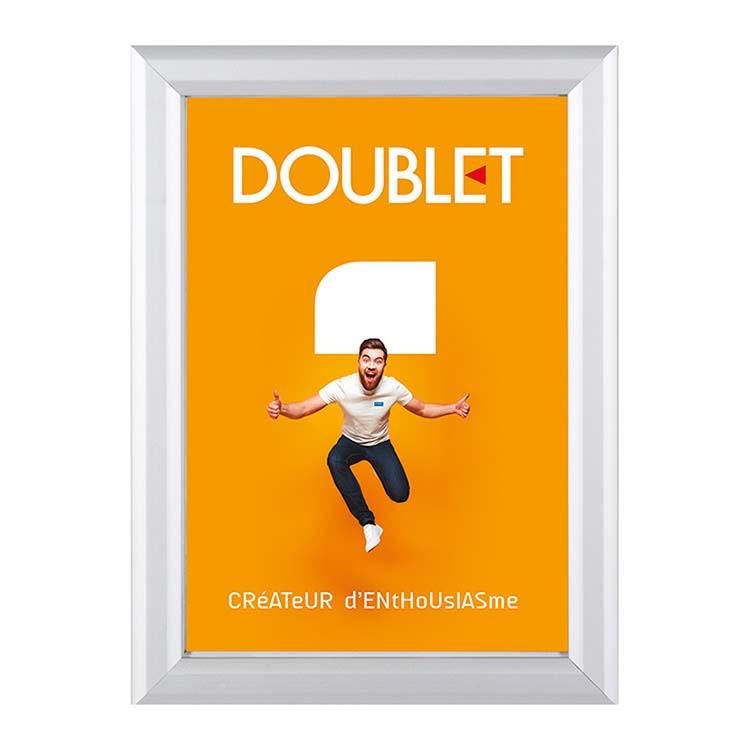 Porte affiche pour vitrine Clip-clap 25 mm