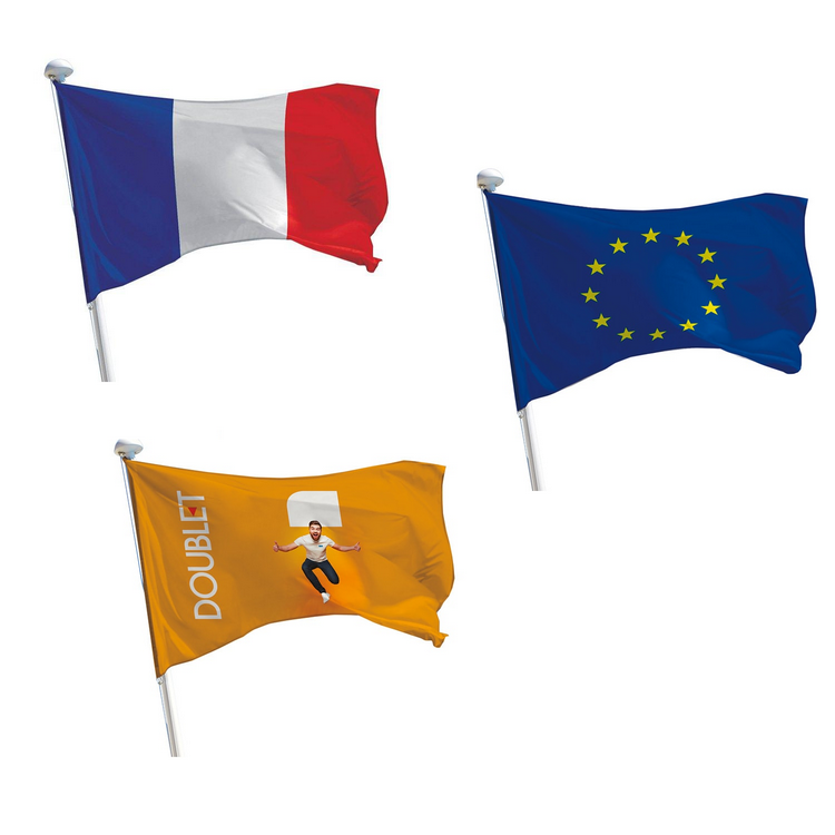 Offre 3 drapeaux pour mâts