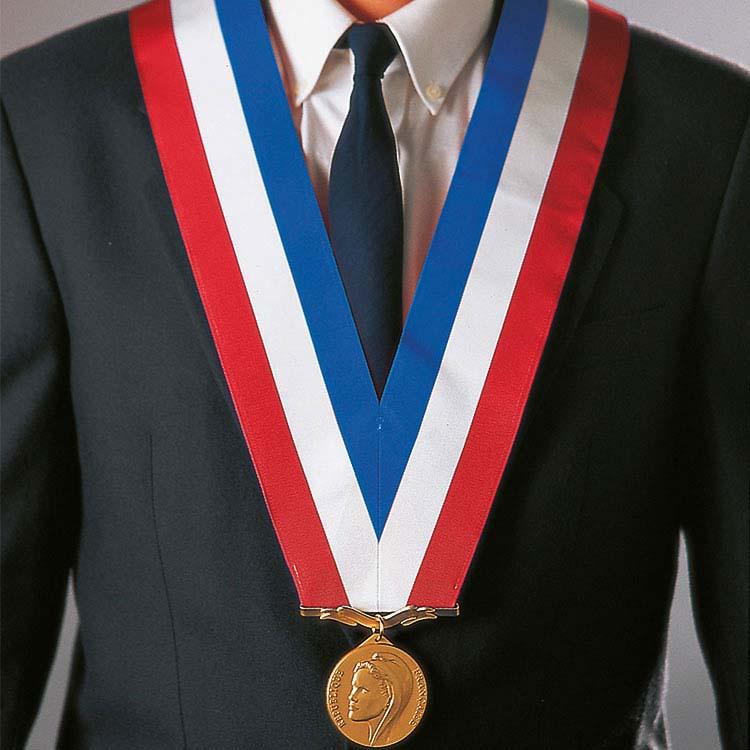 Colliers de cérémonie sans chaîne