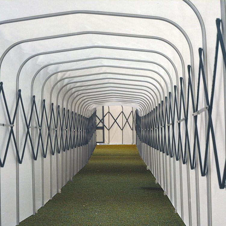 Tunnel d'accès vue de l'intérieur
