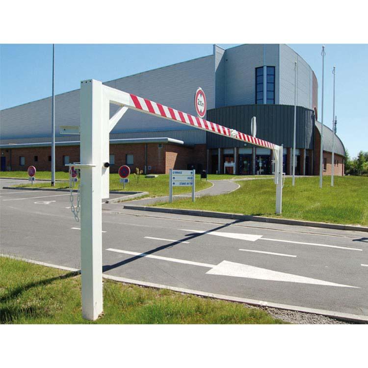 Portique pivotant de parking avec hauteur limitée