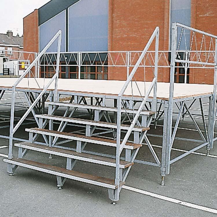 Escalier podium
